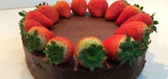 Tort z musem czekoladowym
